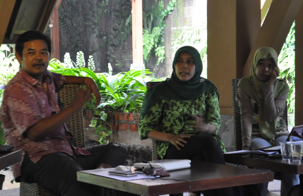 The Indonesian Community PES (Payment for Environmental Services) Consortium
