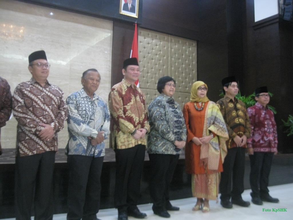 Foto - KpSHK Pelantikan Sekretaris dan Para Deputi BRG