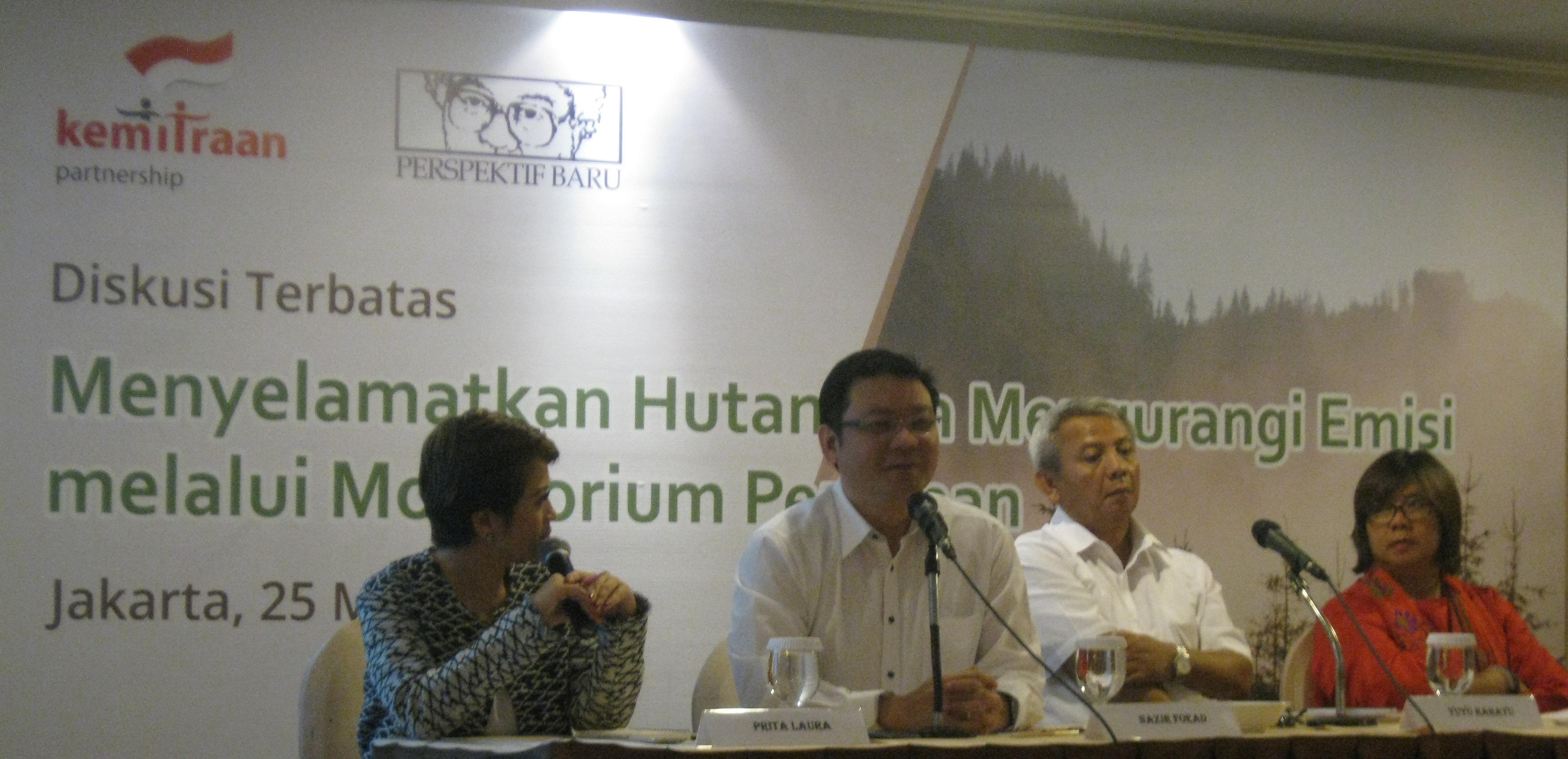 Menyelamatkan Hutan Indonesia
