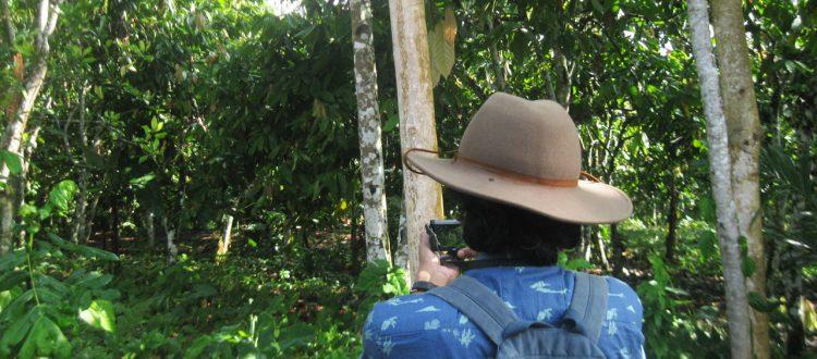 Muhammad Djaohari (Penanggung Jawab Project KPSHK) saat field visit ke HKm Santong